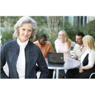 Olderwomanteamleader