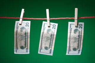 Moneyonclothesline