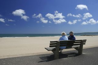Blog picture-coupleonbenchatbeach