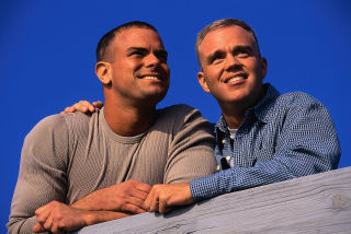Gaycouple1-men